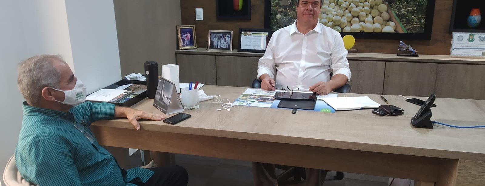 Júnior Souza discute com Luiz Barcelos sobre o prolongamento do acesso a partir do distrito de Soled